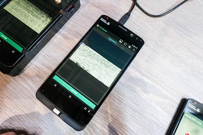 Volgens bronnen komt de Galaxy S10 met een vingerafdrukscanner achter het scherm. Hiervoor wil Samsung de nieuwe scanner van Qualcomm gebruiken die op basis van ultrasoongeluid de vingerafdruk in kaart kan brengen. Samsung zou inmiddels aan leveranciers hebben bevestigd gebruik te maken van deze nieuwe techniek in de opkomende Galaxy S10.