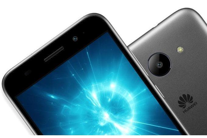 Gisteren stond het in het teken van Google. Ook Huawei kwam gisteren met groot nieuws aan. De fabrikant heeft de nieuwe Y3 gepresenteerd en het is direct hun eerste smartphone op Android Go. Met deze introductie wordt de Y3 2018 een echte budgetsmartphone. De nieuwe versie van deze Y3 volgt het voorgaande model op uit 2017 welke nog met het standaard Android besturingssysteem werd geleverd.