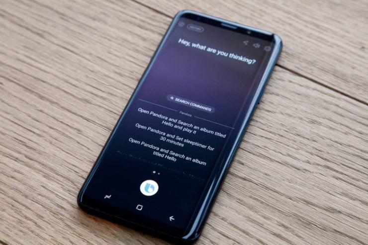 Volgens een goed geinformeerde bron zal de nieuwe Galaxy S10 qua vormgeving amper afwijken ten opzichte van zijn voorgangers. Alhoewel de bron niet meldt wat wij hierin dan verder kunnen verwachten ontstaat hierdoor wel een goed beeld van de nieuwe Galaxy S10. Samsung ziet het wellicht als een tijdloos ontwerp, maar de meningen hierin zijn wel verdeeld.