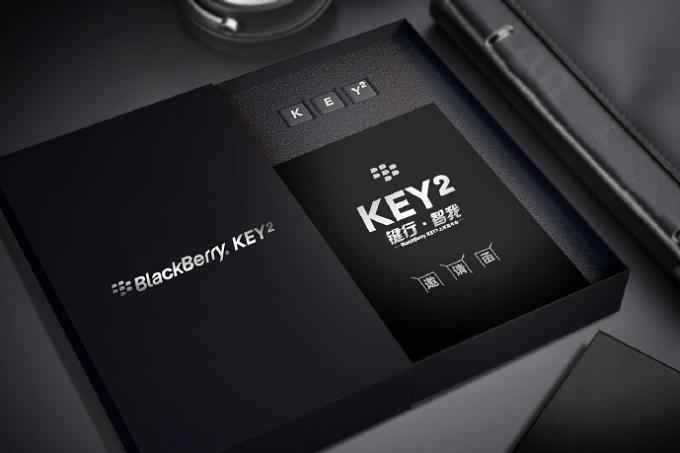 Deze week heeft BlackBerry de officiële uitnodiging verstuurd naar verschillende partijen voor de lancering van de KEY2. Op 8 juni wordt de smartphone in China gelanceerd en op 7 juni zelfs al in New York. Op deze datum weten wij dus ook meer over de mysterieuze knop die wij op het toetsenbord hebben gezien.