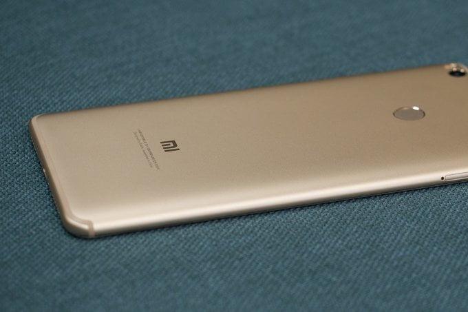 Het budgetmerk Xiaomi werkt momenteel an de opvolger voor de Mi Max 2. De nieuwe mi Max 3 wordt vermoedelijk volgende maand geïntroduceerd en de specificaties van deze nieuwe smartphone beginnen dus inmiddels te lekken. In de TENAA zijn dan ook een hoop informatie over de Mi Max 3 gelekt. Hierdoor krijgen wij een goed inzicht in de opvolger.