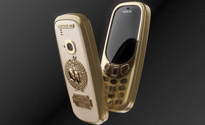 Ben je druk op zoek naar een unieke smartphone? Dan is deze Nokia 3310 absoluut een uniek exemplaar. De exclusieve smartphonemaker Caviar heeft de Nokia 3310 voor een speciale gelegenheid omgetoverd in een echt sieraad ter waarde van € 2223,-. Caviar heeft ditmaal zichzelf overtroffen door de meest extravagante smartphone op de markt te zetten die je nu kunt krijgen.