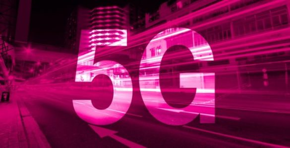 Volgens T-Mobile wil de provider eind volgend jaar al een landelijk dekkend 5G-netwerk in de lucht hebben. Het eerste experimentele 5G-netwerk zal dit jaar in Den Haag online gaan. De provider maakt hierbij gebruik van de 700 mHz frequentie. Deze frequentie wil de provider uiteindelijk in heel Nederland gaan gebruiken.