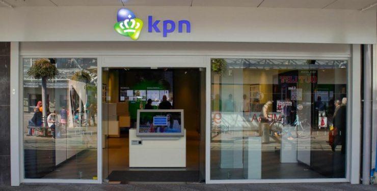 Per 4 februari zal KPN hun mobiele abonnementen aan gaan passen. In de nieuwe structuur is er meer vrijheid in belminuten en data en zijn de maandelijkse kosten ook iets gezakt. In alle opzichten is de wijziging dus positief. Of de wijziging ook iets te maken heeft met de recente aankondiging rondom Telfort is niet bekend.