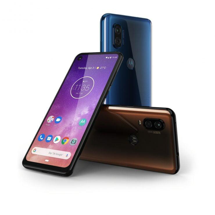 Na lang wachten heeft Motorola vandaag officieel de One Vision gelanceerd. Het is de volgende smartphone vanuit deze fabrikant die met Android One zal gaan werken. Hiernaast biedt de smartphone ook nog enkele andere leuke features aan die je niet snel verwacht op een dergelijke smartphone.