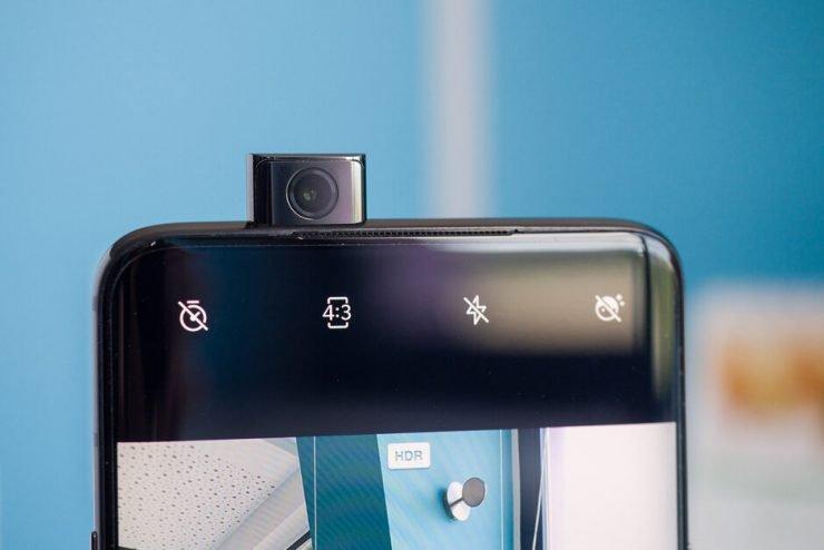 De nieuwe Nokia 8.2 is vermoedelijk nog maanden verwijderd van de werkelijke lancering, maar inmiddels komen de eerste geruchten over dit model naar boven. Volgens bronnen zal deze opvolger de beschikking gaan krijgen over een 32 megapixels pop-up camera en wordt hij standaard geleverd met Android Q.