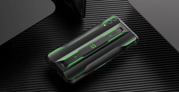 De industrie voor gamingsmartphones wordt steeds groter. Dit bewijst de Black Shark 2 Pro maar weer eens. Eerder dit jaar werd de Black Shark 2 al gelanceerd, maar nu heeft de fabrikant van dit model ook een Pro-versie uitgebracht. Zoals je mag verwachten van een dergelijke Pro-versie beschikt dit model over de laatste technische snufjes.
