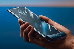 De vernieuwde RAZR is vandaag officieel gelanceerd door Motorola.
