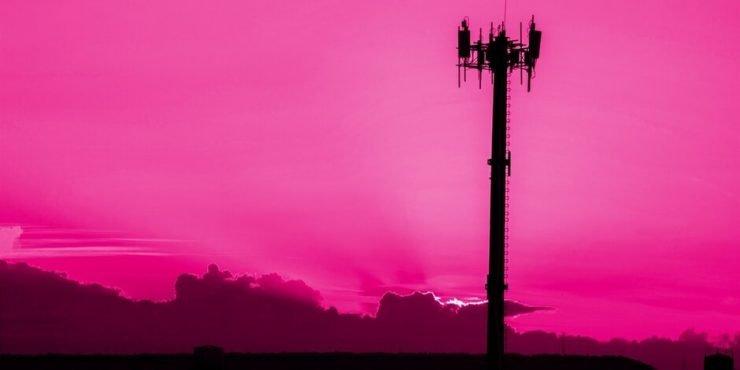 Verschillende groeperingen leggen nu hun focus op het platbranden van antennes voor 5G.