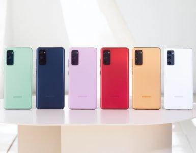 De Galaxy S20 FE komt in verschillende opvallende kleuren.