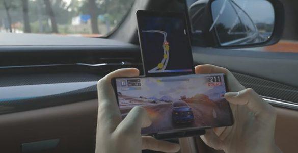 In maart 2021 komt mogelijk de eerste smartphone met oprolbaar scherm.